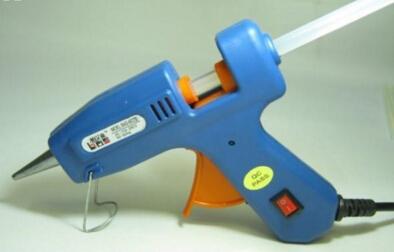 热熔胶棒怎么用 胶棒的正确使用方法以及用途